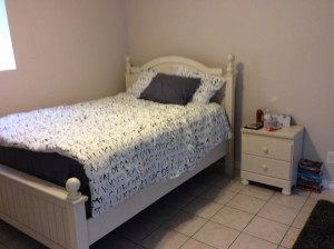 Ashley Furniture Outlet furniture gift white bedroom suit